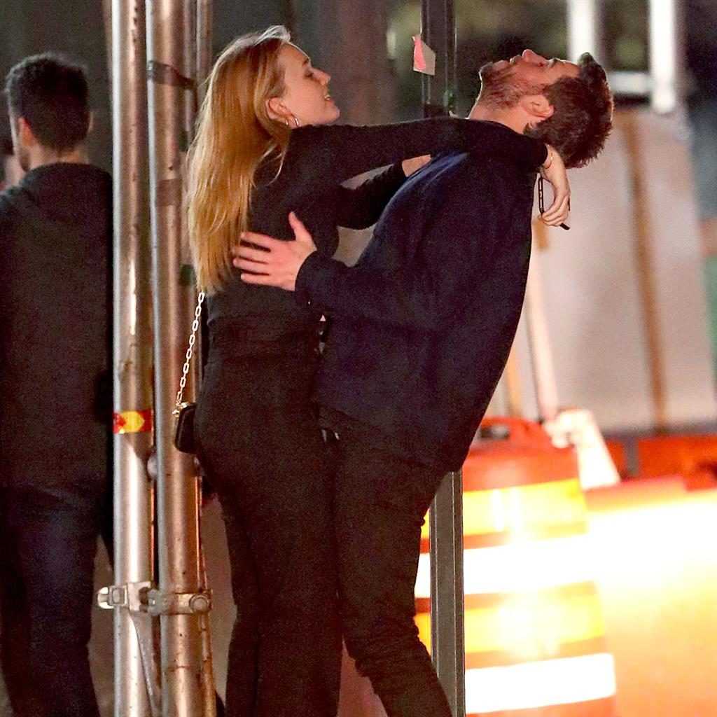 Liam Hemsworth mucks around with Maddison Brown as Miley ...