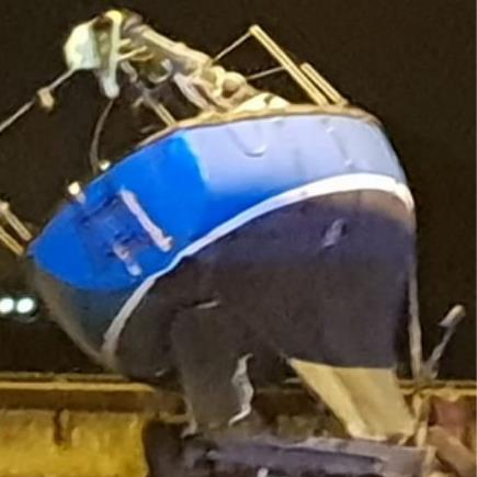 Yacht a mess: M62 is blocked by a boat straddling the central reservation