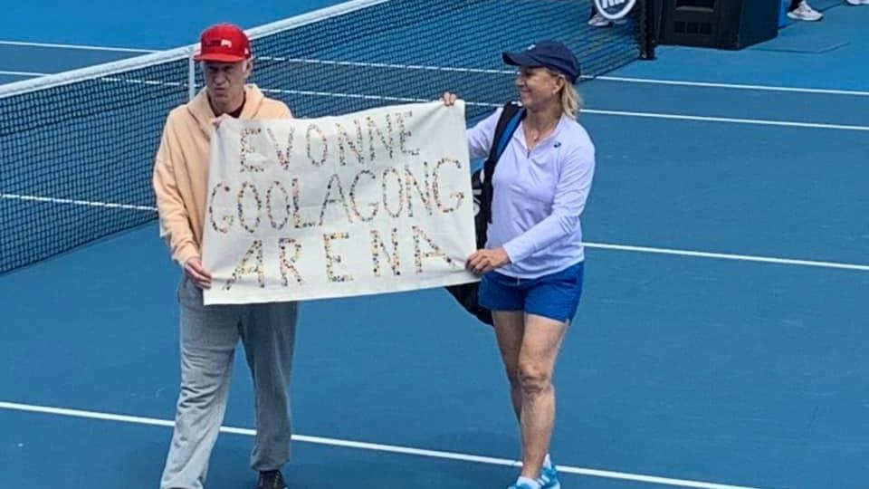 Australian Open: Martina Navratilova and John McEnroe apologise for Margaret Court protest