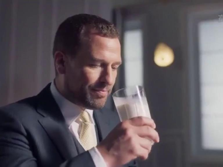 TV royal Peter Phillips 'is milking it in China ad ...