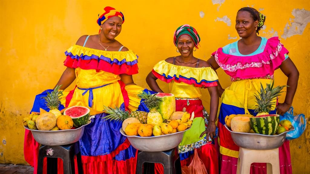 Fruit shoot: street vendors in Cartagena, Colombia