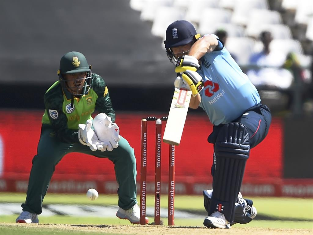 Skipper de Kock inspires South Africa to win against England