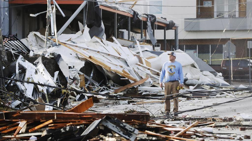 Tornado hits Nashville area; multiple deaths, heavy damage reported