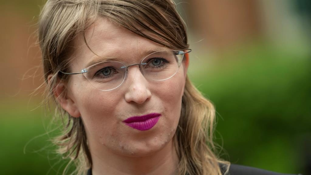US judge orders Chelsea Manning be freed from jail