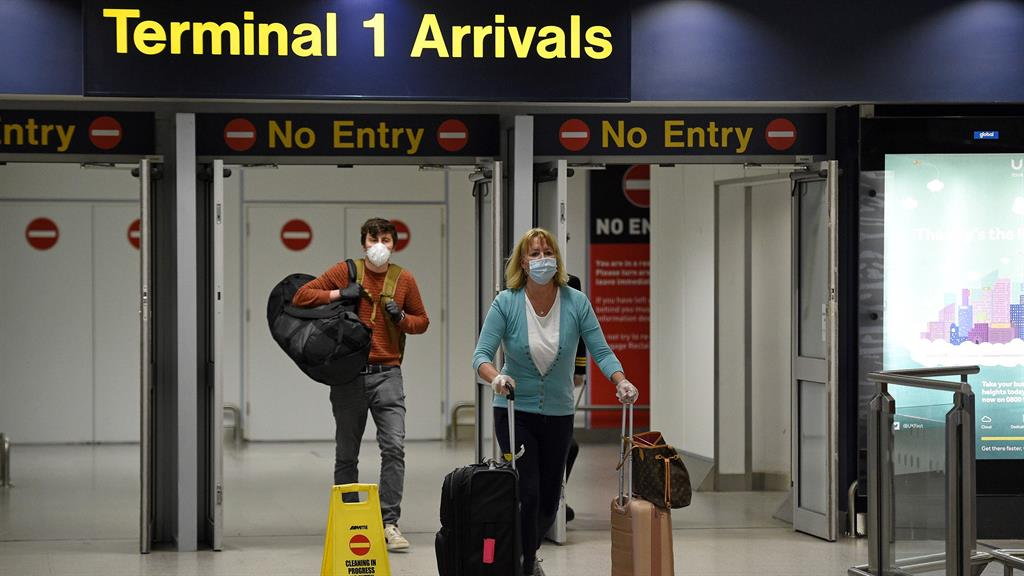 New UK travel quarantine rules a political stunt: Ryanair boss