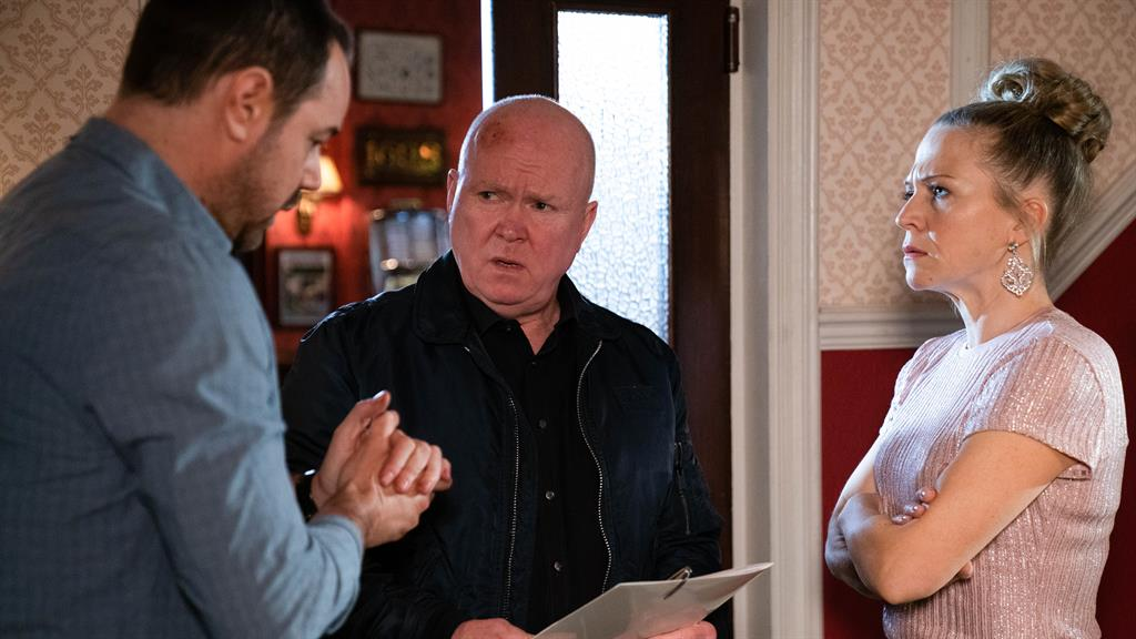 Calling time: Dyer and Bright in the pub, with Steve McFadden as Phil PICTURE: BBC