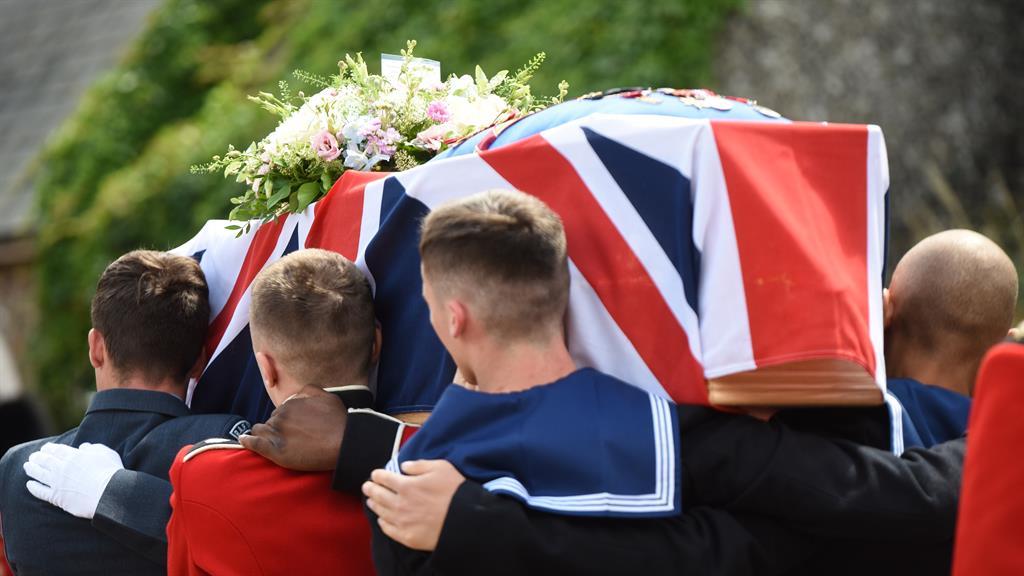 Dame Vera Lynn laid to rest