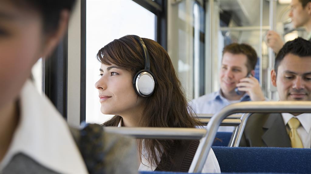Commuting's not all bad PICTURE: XIXINXING SHUTTERSTOCK