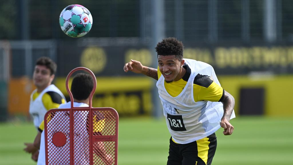 Heading back to Manchester? Sancho trains with Dortmund yesterday but looks set to move