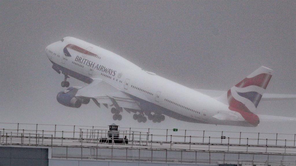 British Airways waves farewell to Boeing 747