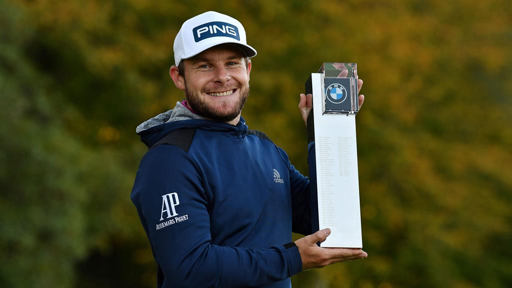 Hatton holds off Perez to claim victory at BMW PGA Championship