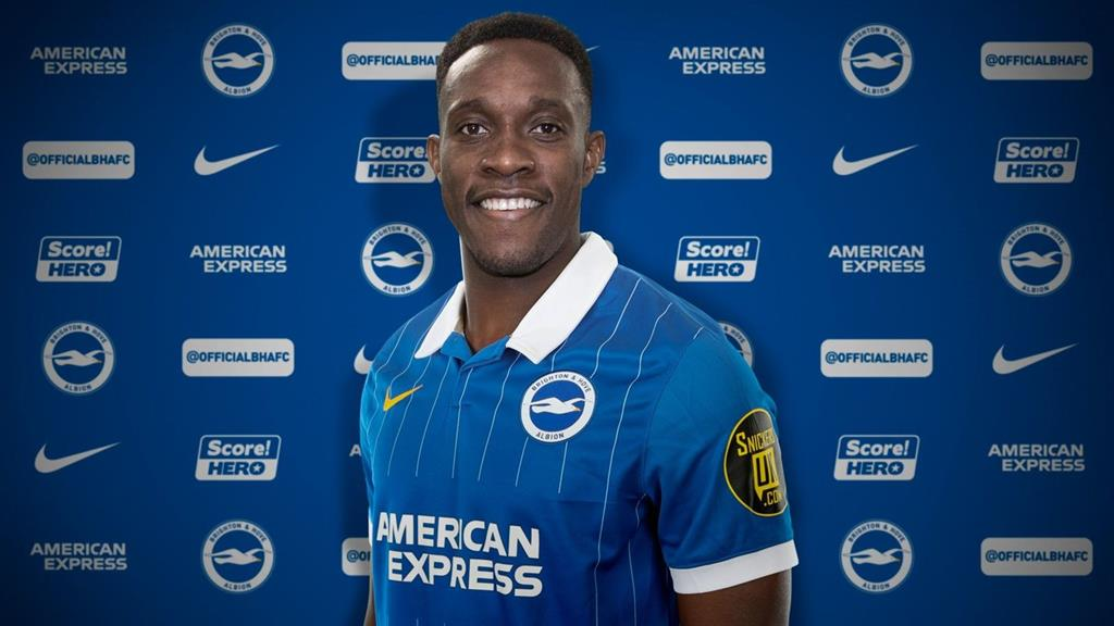 Brighton sign Welbeck on one-year deal