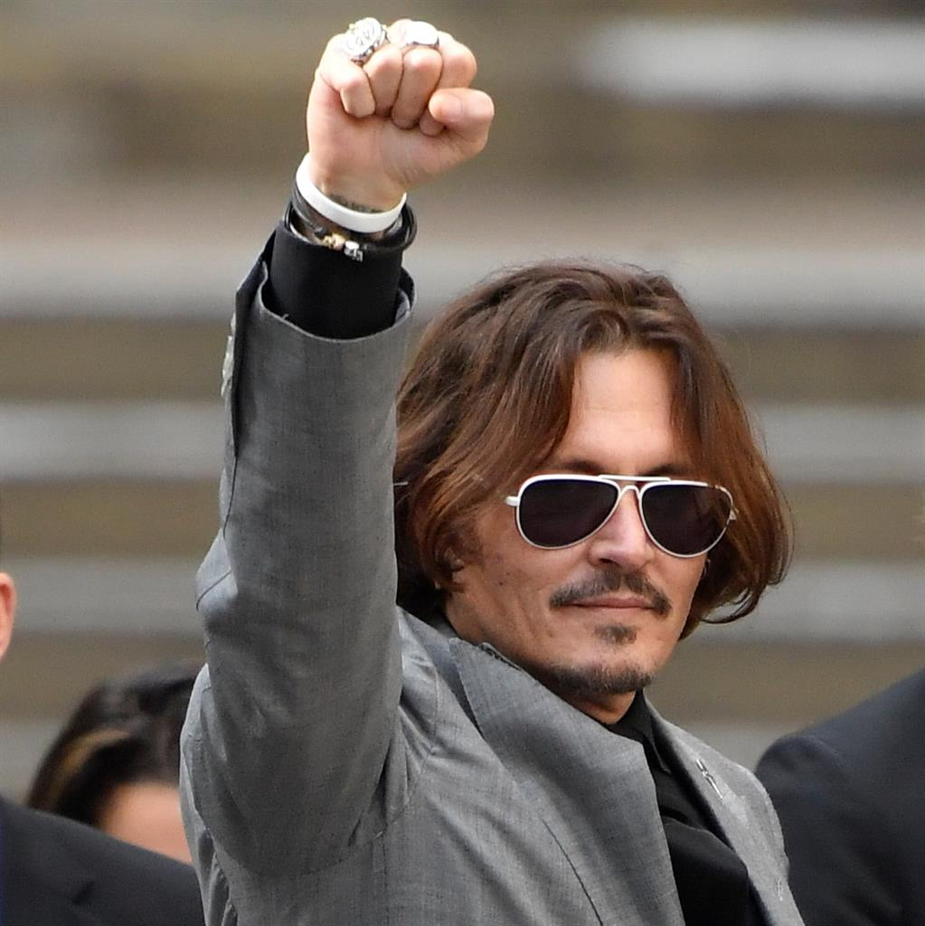 Actor Johnny Depp loses libel case over 'wife-beater' claims