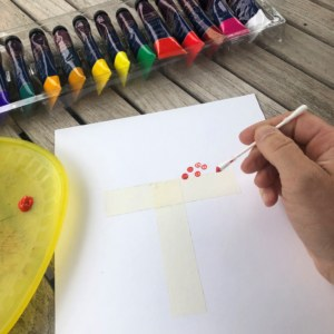 Make dots with bud