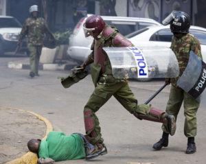 Nairobi: Taageerayaasha Odinka iyo Booliska oo isku dhacay (Muuqaalo argagax leh)