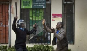 Kenya:Investigate police crackdown against protesters