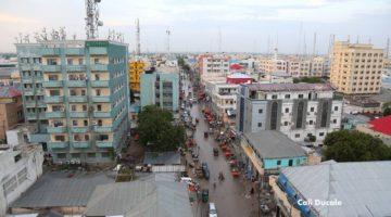 Mogadishu: Ma Dhabaa in Ganacsatada Soomaaliyeed dhaqaalo siiyaan Al-shabaab?