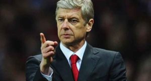 Wenger: Waxaan ahaan doonaa tababare sanadka xiga xitaa hadii aan Arsenal ka tago