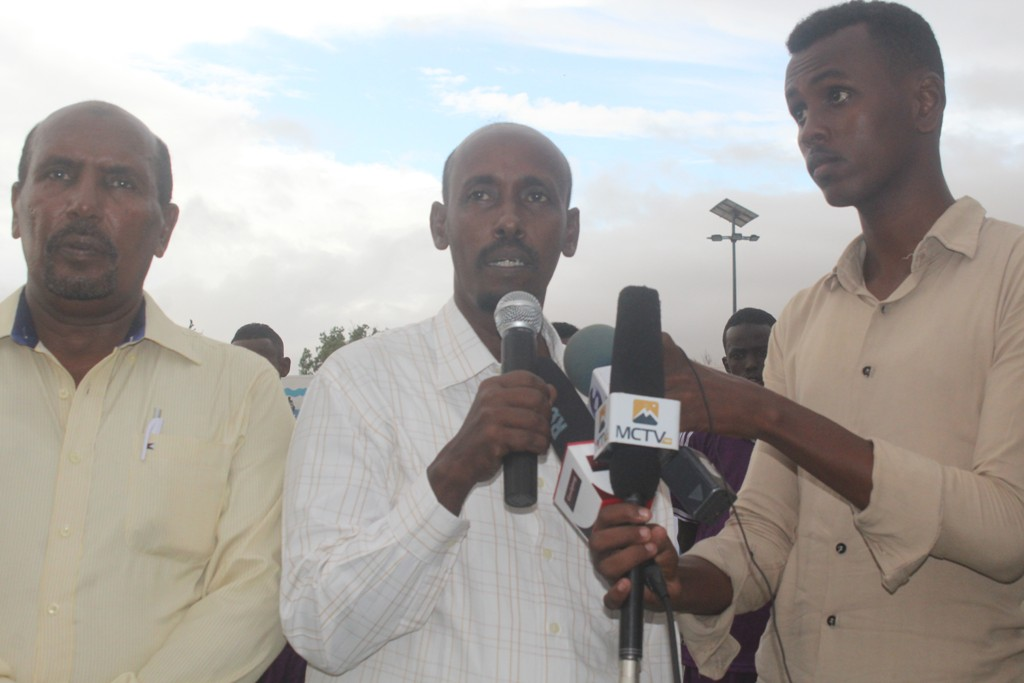 Director General of the minsitery for youth and sport Isaq Hashi