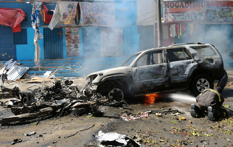 Kenya: Police officers killed in al-Shabab bomb attack