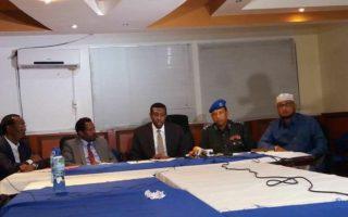 Somalia : Dowladda oo Digniin u dirtay ganacsatada Al-shabaab dhaqaalaha siiyo