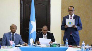 Somalia :Guddoomiye Taabid oo wasiirada ka dalbaday kordhinta dakhliga gobolka Banaadir