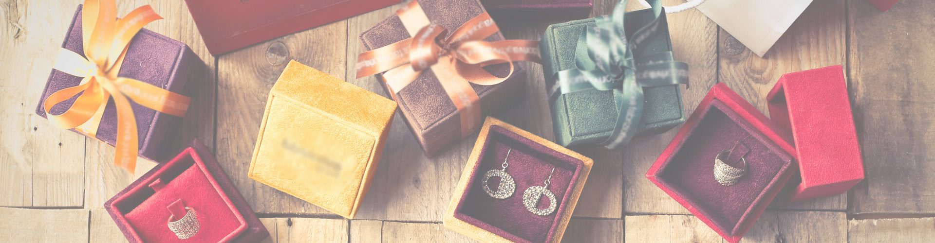Christmas shopping tips and tricks