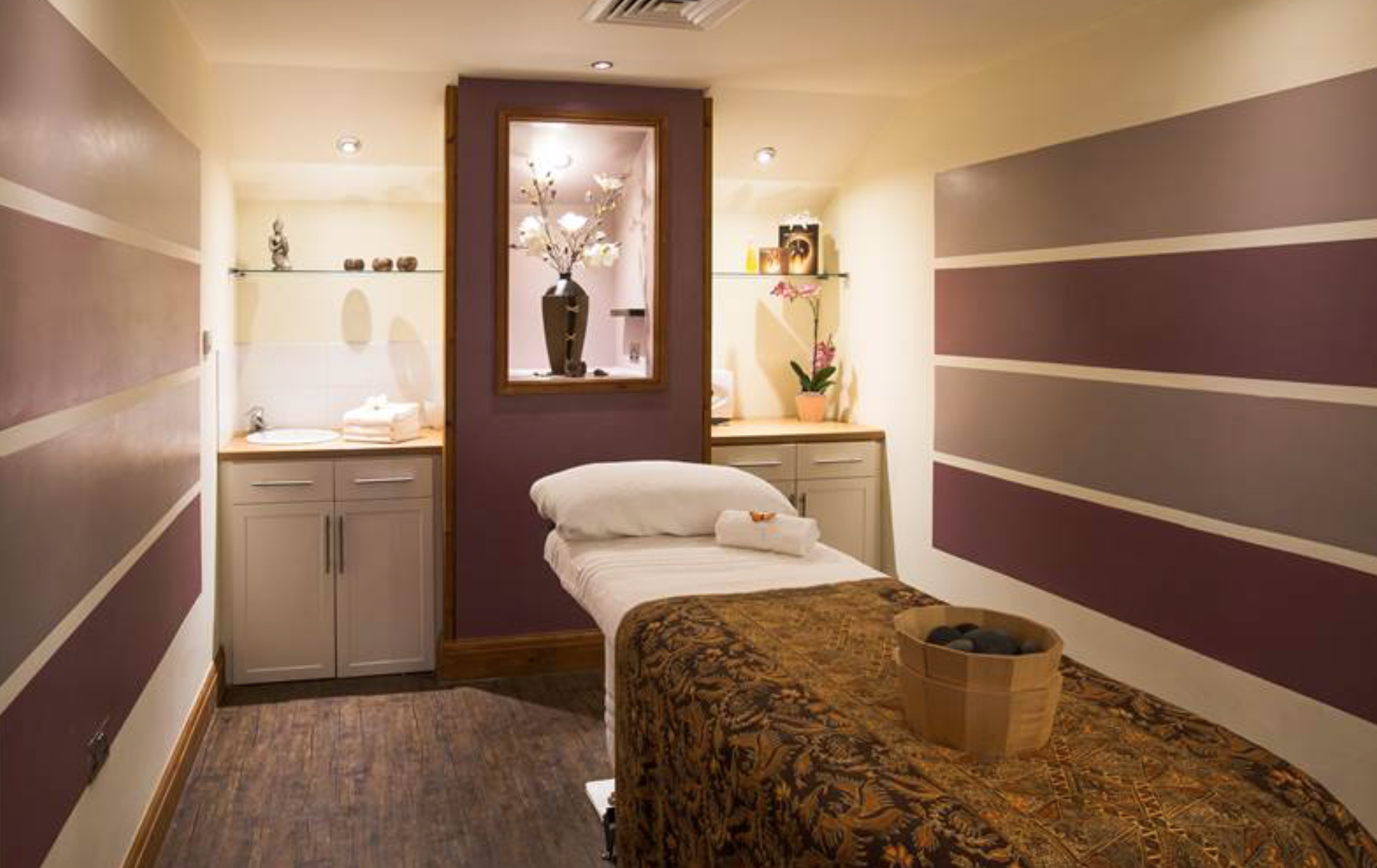 Spa Break At Last Drop Village - treatment room