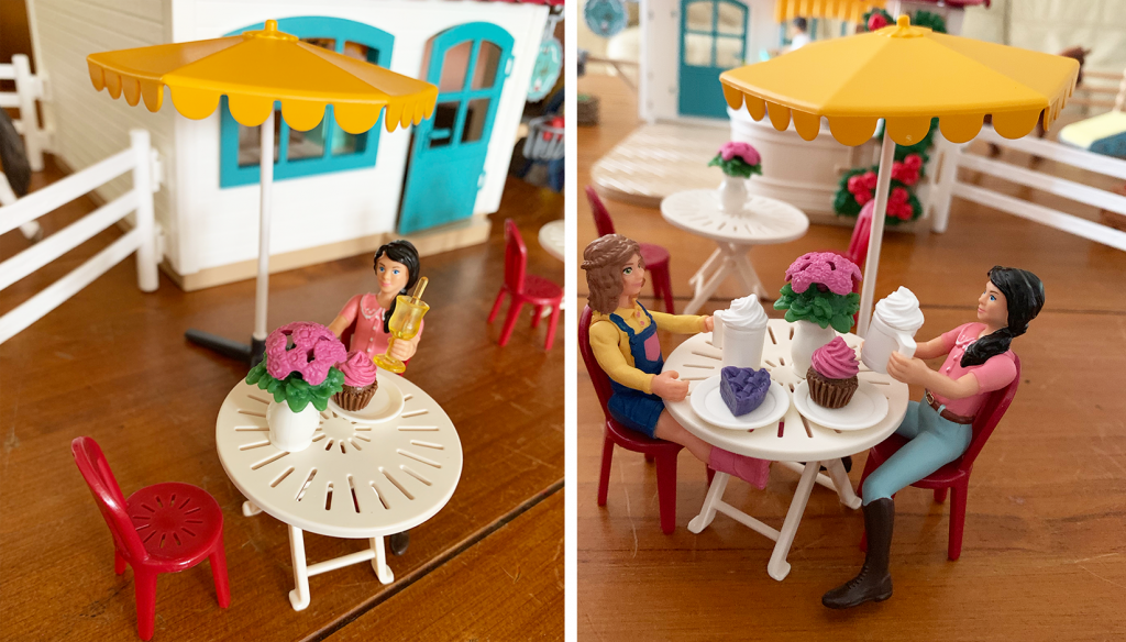 Schleich Horse Club Rider Cafe Review - table and chairs outside the cafe