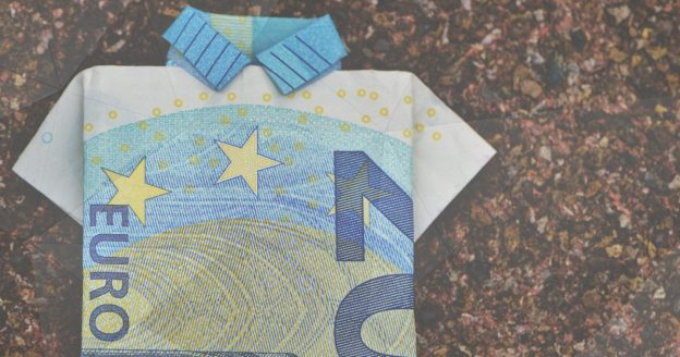 Euro art, a 20 euro note folded like origami into a smart shirt