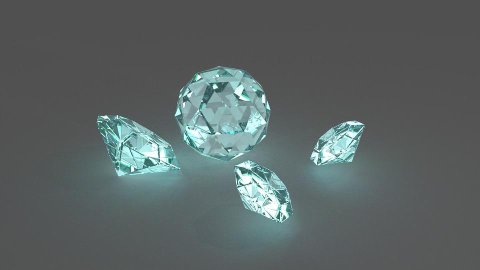 Zimbabwe resumes diamond sales after one-year break