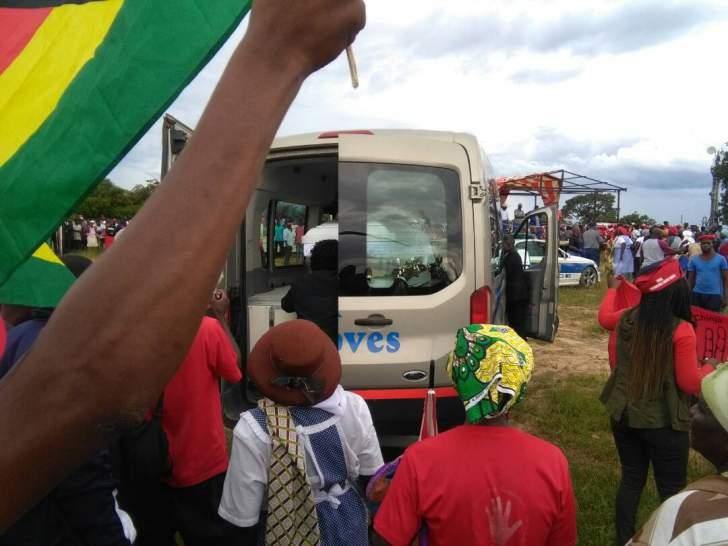 PICTURES: Tsvangirai funeral; Mnangagwa visits family