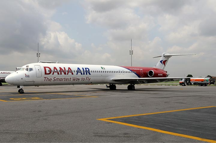 Nigeria launches probe after plane overshoots runway