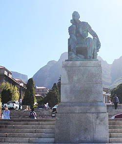 South  Africa: 'Rhodes Must Fall', Capitalism must fall!