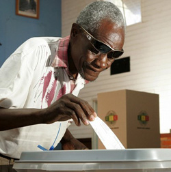 Are  elections in Zimbabwe for real or a farce: Time for a Biometric  Voter Registration System (BVR)
