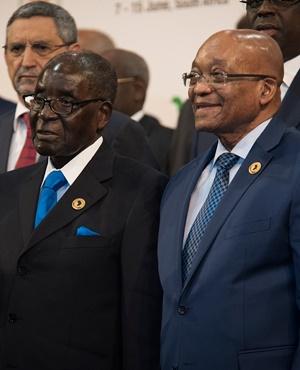 Behind the comparison of Zuma's South Africa and Mugabe's Zimbabwe