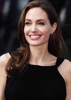 Angelina Jolie: Never  thought I'd be a mum