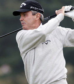 Golfer McNulty strikes up new hobby