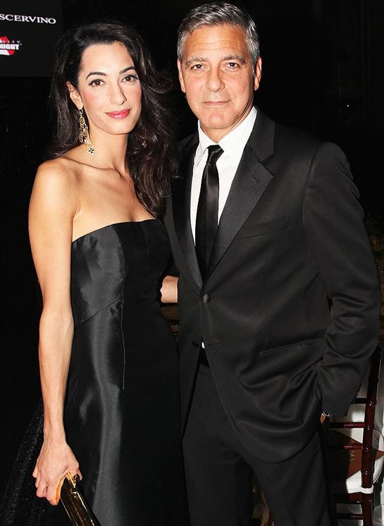 Clooney marries UK  lawyer in Venice