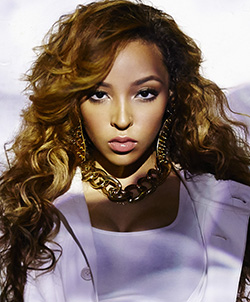 With 'Aquarius' new age dawns for Tinashe Kachingwe