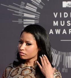 Nicki Minaj  apologises for Nazi imagery in video