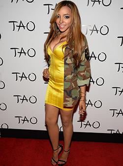 R&B star  Tinashe debuts a new sound