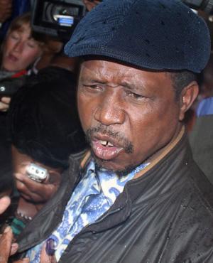 Zambian singer  accused of defaming president walks free