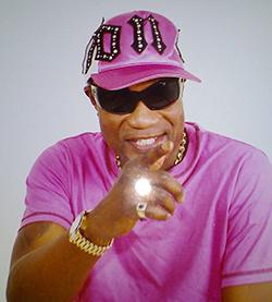 DRC rhumba  star Koffi Olomide jets in for Harare carnival