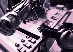Victoria  Falls radio station Breeze FM finally goes live