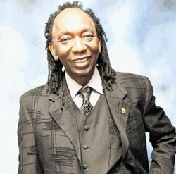 Thomas  Mapfumo and Prof Mhoze Chikowore host night of concert and conversation