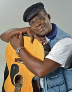 Tuku  shaped my career, says Bob Nyabinde