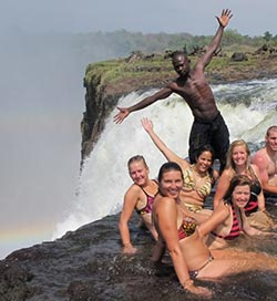 Tourism sector workers get two percent pay rise