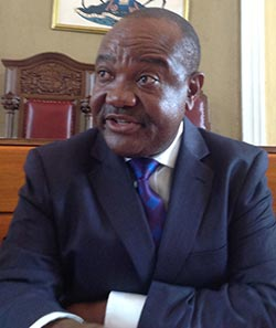 Harare city council losing millions to free parking government officials