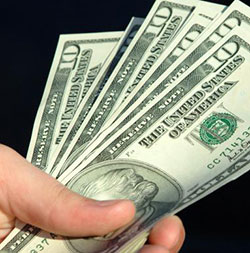 Diasporans can beat Zimbabwe's cash shortages  with mobile payments